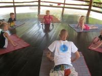 yoga-20130403-006