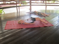 yoga-20130403-018