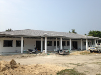 New-school-house-in-Huay-Yang