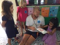 Quiver - barnen färglägger målarbilder som de sedan gör levande i appen Quiver