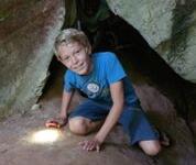 Thaitema djungelutflykt grotta