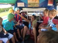 Samtal kring ananas i taxin