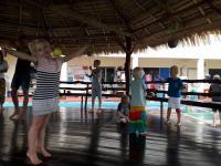 Förskolan övar pojjor i salan