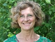 Christina Kjellsdotter Ander från Örebro är vår språkpedagog som kommer att vara med de äldre eleverna nov-mar. Det finns ingen tvekan i hennes engagemang till sitt jobb som hon brinner för och hon sätter alltid eleven i fokus. Hon är strukturerad och flexibel och har förmåga att anpassa undervisning och lärandesituationer så de passar alla. Hon är också bra på att finna balans i livet mellan jobb, träning, avkoppling och reflektion.