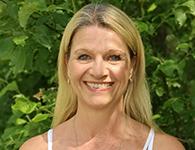 Annika Rosenlund från Norrköping gör sitt första år hos oss på Sanuk. Hon kommer att arbeta november till mars tillsammans med elever i årskurs 3-5. Annika är speciallärare med många års erfarenhet. Hon brinner lite extra för bild och idrott. På fritiden gillar hon fart och fläkt och är ledare på Friskis och Svettis. Hon gillar även att sjunga och ge sig ut i skogen och orientera.