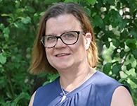 Mia Ekström är grundskolelärare från Nacka. Mia har lång erfarenhet av att arbeta med elever i år 1-3 och brinner för skolans värdegrund. Hon arbetar gärna med teater och drama och tycker om att röra på sig. Mia kommer att arbeta hela året tillsammans med årskurs 1-3.
